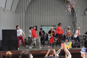 Ueno2011_ame